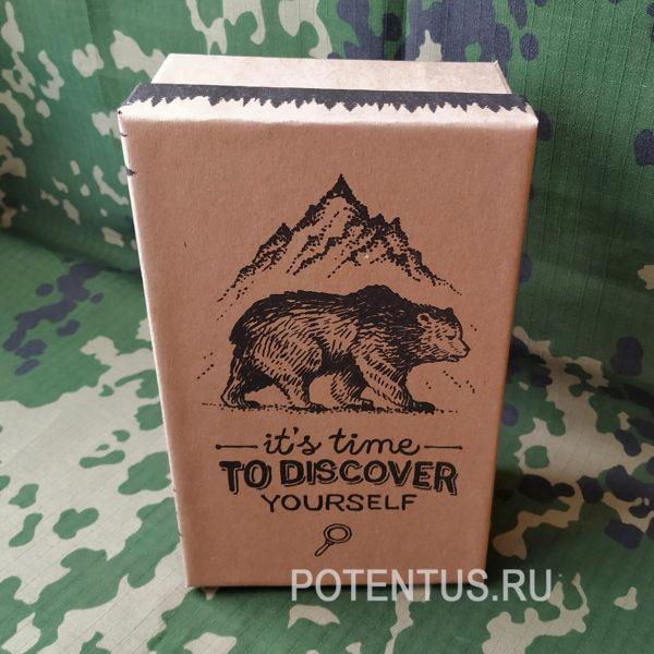 Коробка из прочного картона для мужского подарка